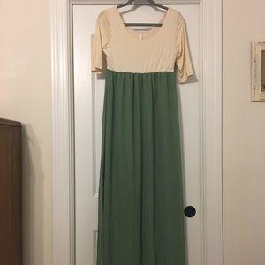 Dresses & Skirts - PinkBlush maternity maxi dress